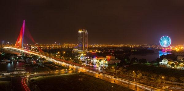 Đà Nẵng là địa điểm du lịch hot, nhiều bạn trẻ yêu thích