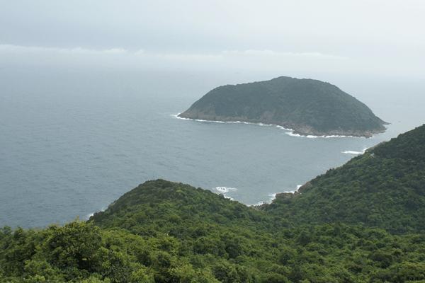 Ngây ngất với vẻ đẹp hoang sơ của Đảo Hòn Mê