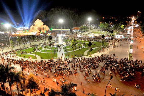 Quảng trường trung tâm thành phố Tuyên Quang