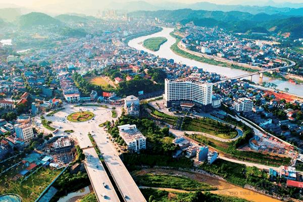 Khung cảnh thành phố Lào Cai