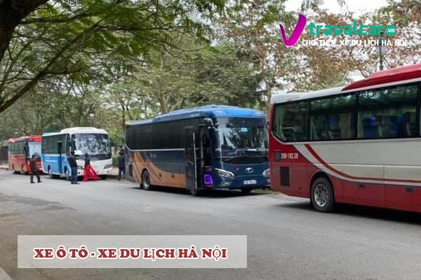 Các dòng xe du lịch hiện đại, đẹp và nhiều mầu sắc. Ảnh Travelcar.vn