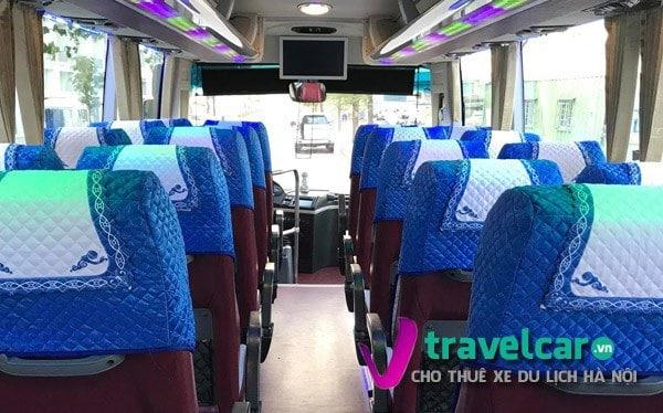 Nội thất và ghế ngồi xe đời mới. Ảnh TravelCar