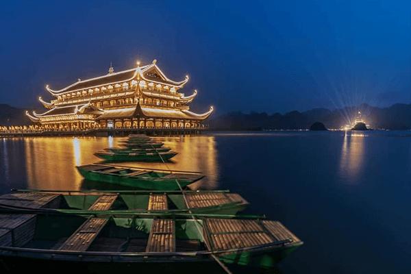 Khu du lịch chùa Tam Chúc – Ba Sao. Ảnh st