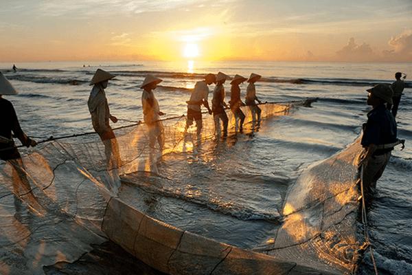 Ngắm bình minh trên biển, chốn bình yên cho mùa hè thêm thơ mộng