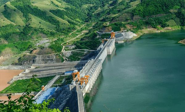 Thủy điện Sơn La là nhà máy thủy điện lớn nhất Việt Nam
