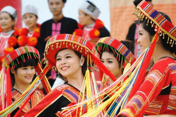 Lễ hội văn hóa truyền thống của 54 dân tộc