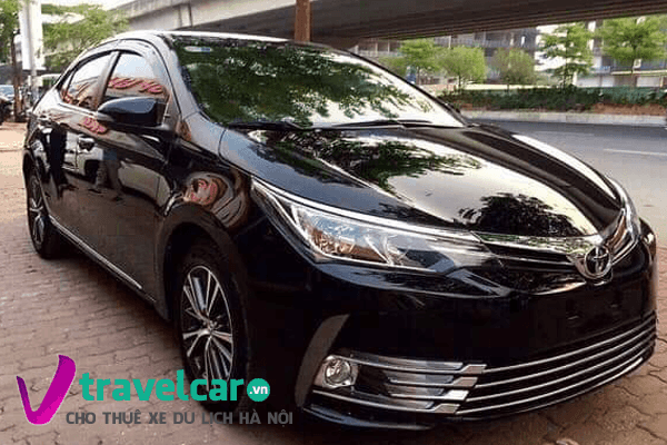 Xe Toyota Corolla Altis đời 2018 đầy sang trọng.