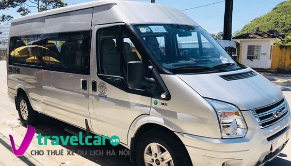 Xe 16 chỗ Ford transit 2018